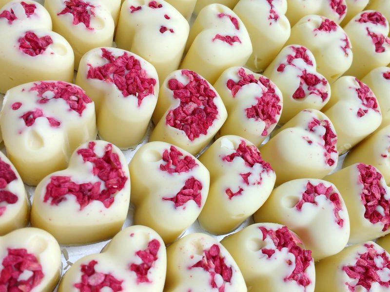 Raspberry Hearts Chocolate