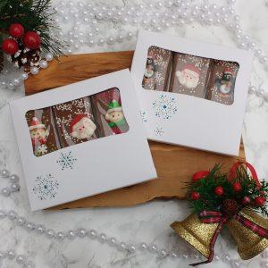 trio of festive mini chocolate slabs